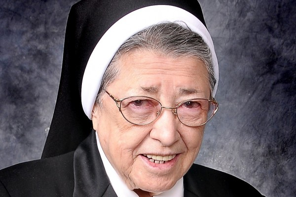 In Memoriam - Sisters of the Holy Family of Nazareth